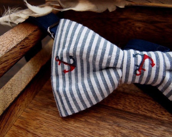 Nautical Navy Bow tie with anchors, funny bow ties for men, Sailor gift, Mens bowtie for  beach or navy wedding, also for boys