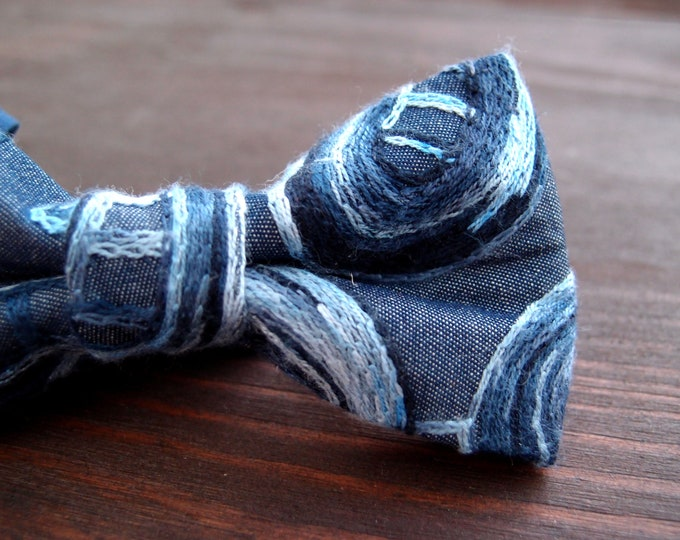 Blue paisley groomsmen bow tie,  denim bow ties for men with unique embroidery, bowtie to a wedding or for everyday use