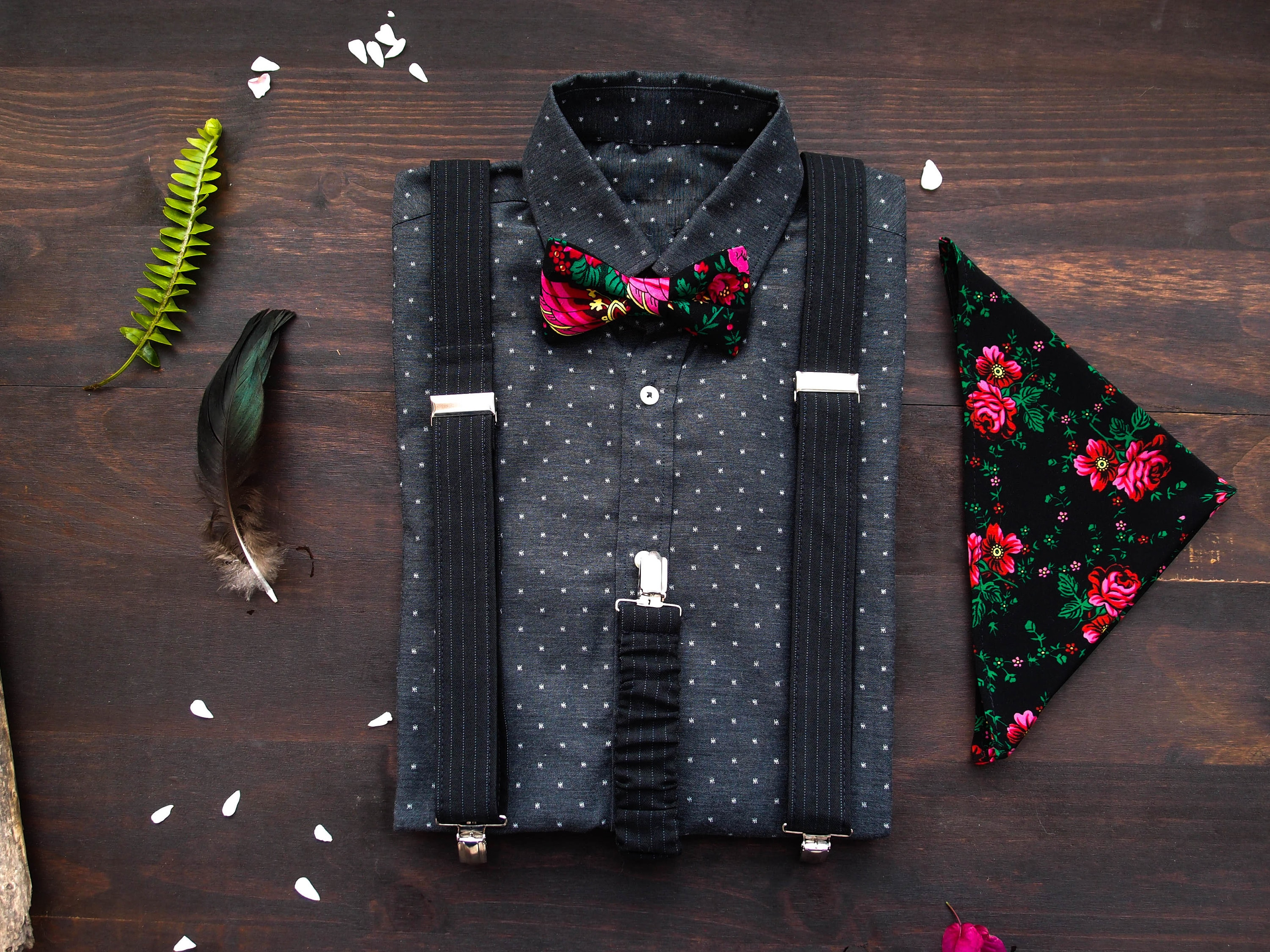 d43cb2c27273 Black mens suspenders and bow tie with matching pocket square with roses,  Floral bow tie with braces and pocket square with roses in set