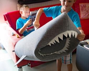 Kids shark, Shark bin, Felt Toy Basket, Felt Baby Shark, Shark storage, Shark room decor, Shark hamper, Storage basket, Shark storage basket