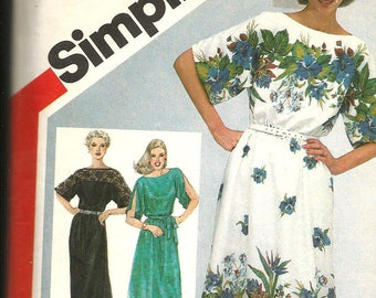 Simplicity 5150 vintage  size 22 1/2 and 24  1/2  partically cut classic 1981 womans dress