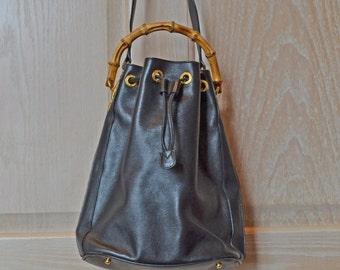8844d0c63d Manico di bambù di favoloso autentico GUCCI in pelle borsa mangimi come  nuovo