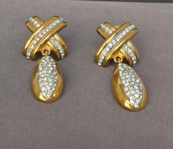 Fabulous Vintage ESSEX  Clip On Earrings Rhineston