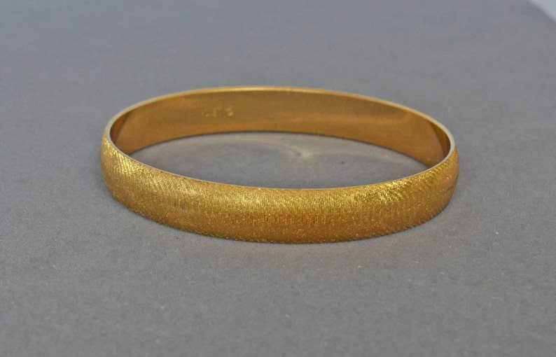 23cb67a9b9d22 MONET Bangle Bracelet Brushed 10kt Gold Plate Signed Cool Mod Chic Made USA