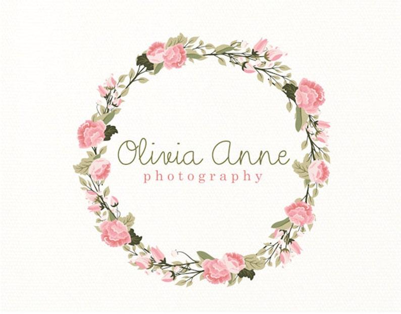 2694c627b351 Flores corona de flores logo premade logo logotipo diseño