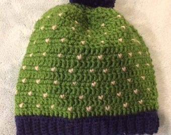 Cozy slouch hat in snow fall print with pom pom