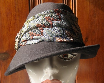 eb46105e36502 Wrapped Wool Hat by Scala - Vintage Winter Hat - Ladies  Fedora   Trilby  Brown Wool Felt