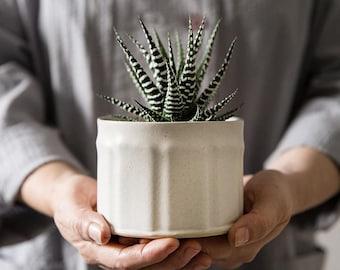 Planter Pot, White Ceramic Planter, Ceramic Succulent Planter, Planter Pot, Pottery Planter, Indoor Planter, Modern Planter, Gardening Gift