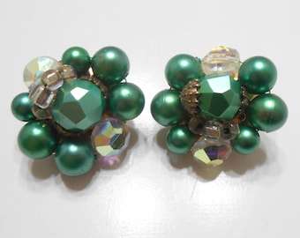 Gorgeous Vintage Green Pearl & Crystal Clip Earrings (#2015)