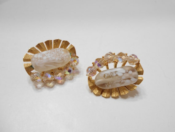 Gorgeous Trifari Clip On Crystal Earrings (1508) … - image 2