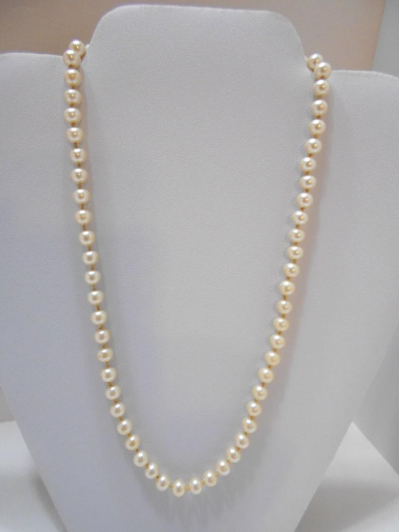 5e0d7bfc94752 Vintage Marvella Faux Pearl Necklace (7098) 6mm