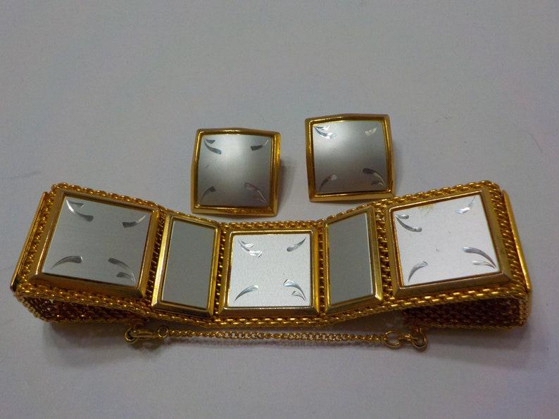 Vintage Etched Panels And Mesh Bracelet Demi Parure 2872 Clip Earrings
