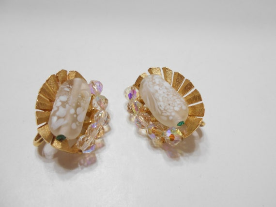 Gorgeous Trifari Clip On Crystal Earrings (1508) … - image 1