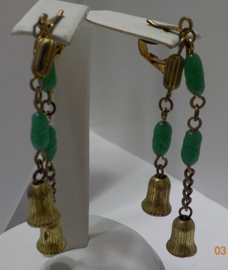 Vintage Jade Demi Parure 9585 Necklace /& Clip Earrings
