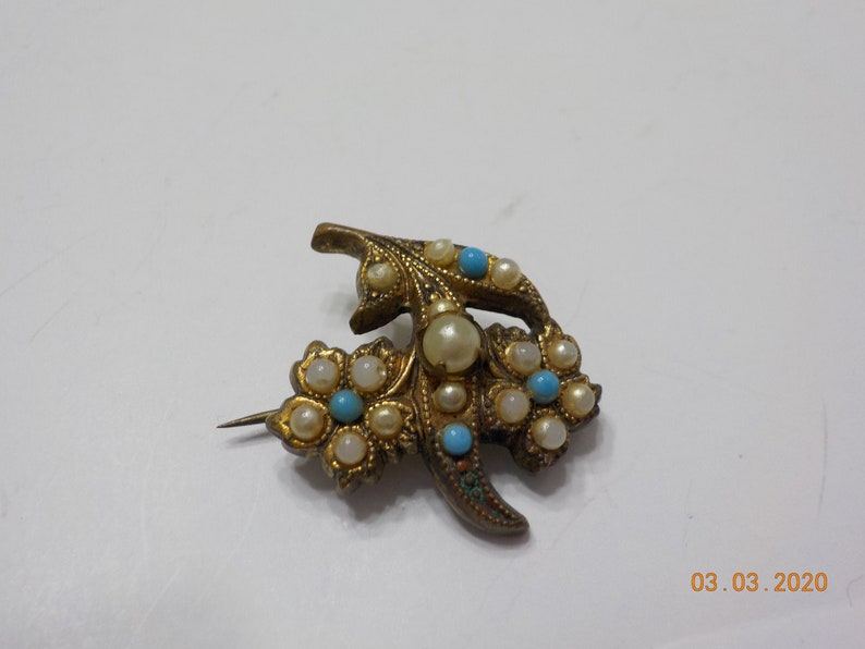 Faux Turquoise 6449 Vintage Tiny Faux Pearl Brooch