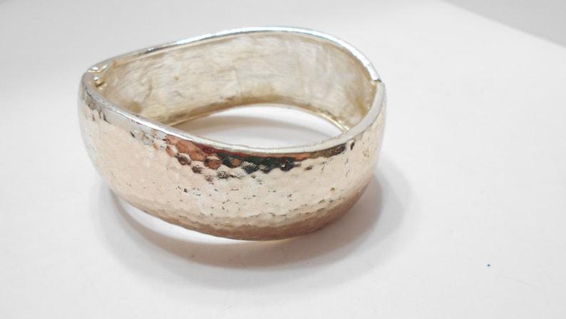 5515 Vintage Silver Tone Hammered Hinged Cuff Bracelet
