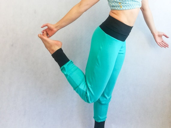LDGT@DU Womens Yoga Shorts Candle Pattern Comfy Workout Shorts