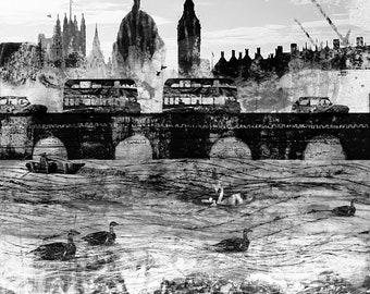 London Foreshore - London River Thames -  London Black Cab - London Bridge - Mudlarking Thames Foreshore - Mudlark