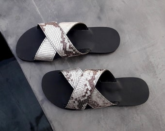 Melia sandals in silver-black snake style