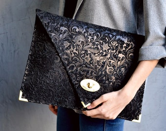 Black 3D flower pattern large leather clutch