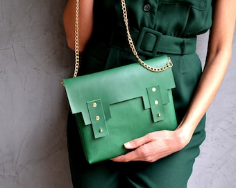 Deep green leather minimal purse