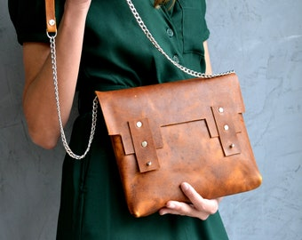Tan distressed leather minimal purse