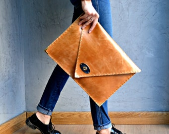 Gingerbread large leather clutch