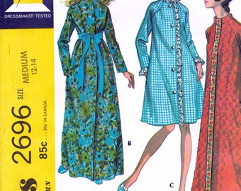 1950s Vintage Sewing Pattern Advance 8458 Girls Peignoir or
