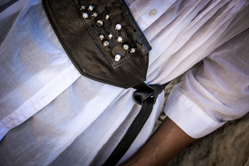 Fanny Pack with Water Pearls