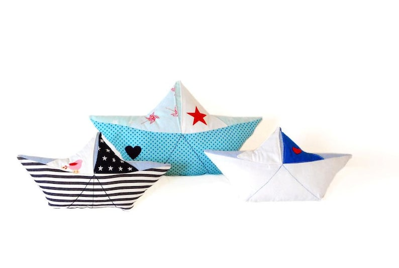 Sewing Paper Boat Pillows: E-book/Instructions image 0