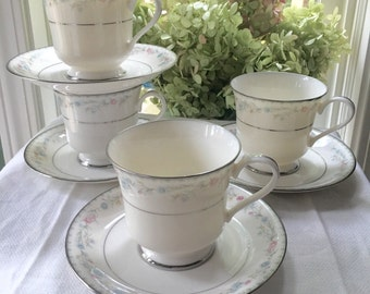 Set of 4 Teacups and Saucers by Gorham Fine China Snow Rose Pattern Platinum Trim Made in Japan