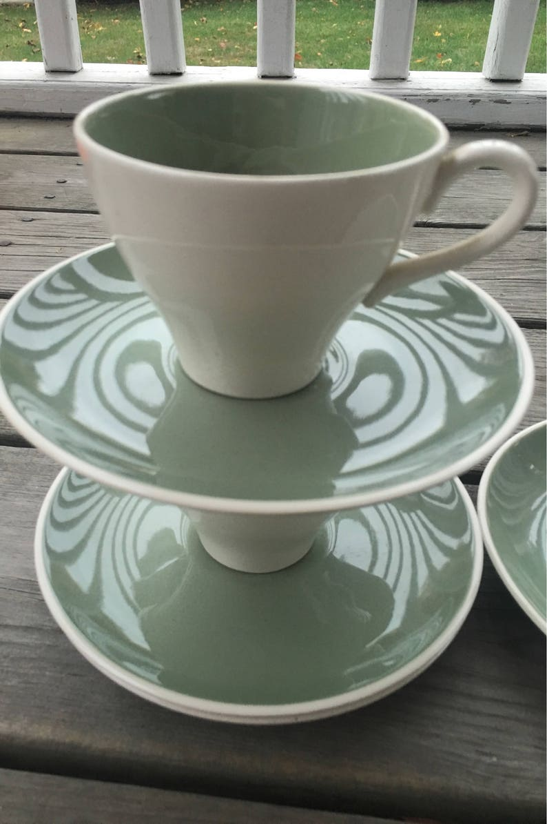 Harkerware Ivy Wreath Set for 4 includes 12 pieces MCM
