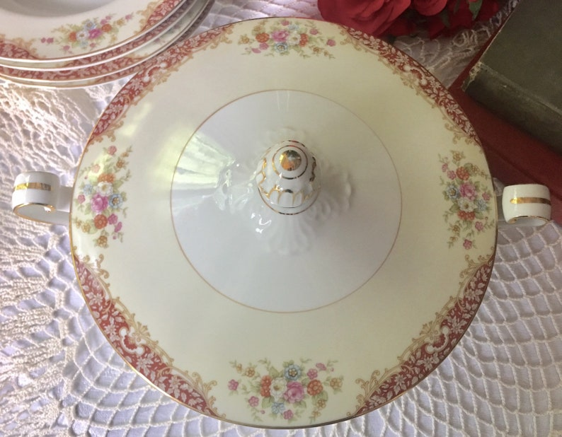 Vintage Noritake Covered Tureen Round Vegetable Bowl Mystery Pattern #205  Weddings Holiday Replacement Free Shipping