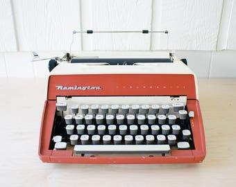 Remington Suburbanite Working Portable Manual Typewriter