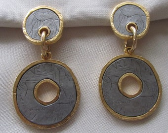 Vintage gold tone double circle oversized clip on earrings