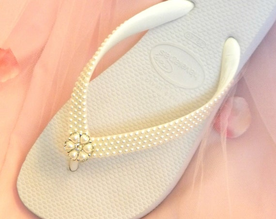 Ivory Wedding Flip Flops White Pearls Silver Rock w/ Swarovski Crystal Beach Havaîanas Flat Cariris Wedge Heel Bridal Bridesmaid Thong Shoes