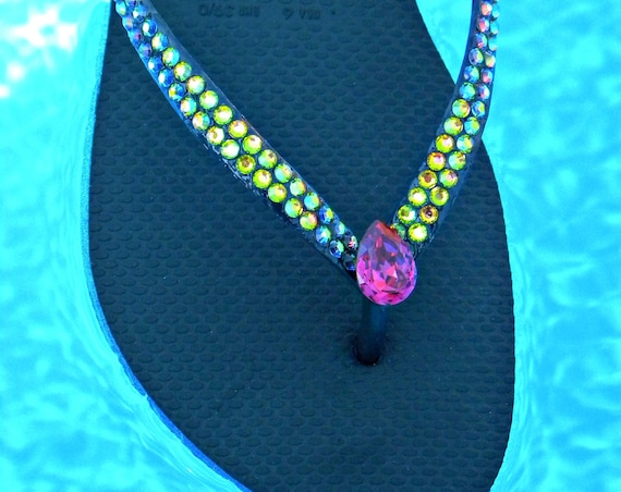 Black Havaianas Slim Flip Flops Custom Crystal Vitrail jewels Glass Slippers w/ Swarovski Rhinestones Bling Vintage Fuchsia Pink Pear Shoes