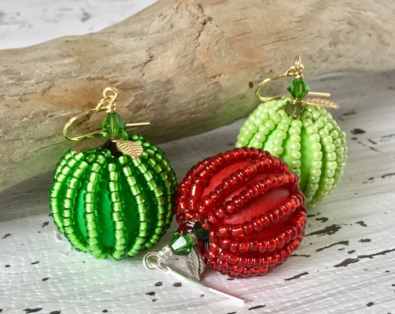 Juicy Apple Earrings Red Green Fruit Wooden Fall Hand Painted Leaf 20mm Dangle Drops Silver Gold Titanium w/ Swarovski Crystal Jewelry gift