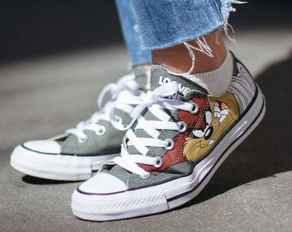 Looney Tunes Converse W US 7 Retro Cartoon Taz Devil Olive Gray Custom Low Top w/ Swarovski Crystal Chuck Taylor Kick All Star Sneakers Shoe