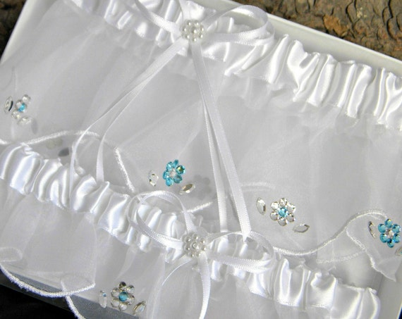 Flower Wedding Garter Daisy Bridal set Custom w/ Swarovski Crystal Personalize Floral White Ivory Champagne Bling Toss Bride Shower Gifts