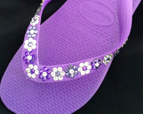 Purple Flip Flops Havaianas Cariris flat Lilac Violet Lavender Bridal Wedding Bridesmaid Flower girl  w/ Swarovski Daisy Sandal Shoes