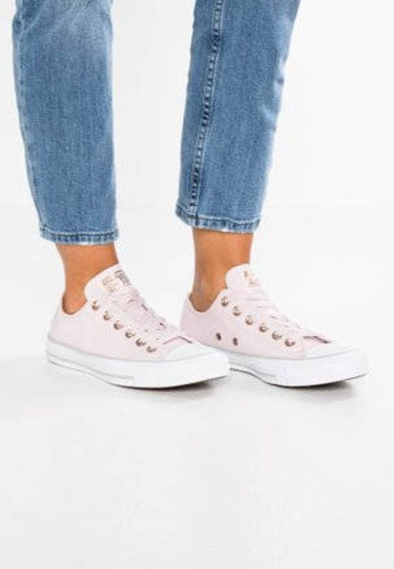 Baby Pink Converse Leather W US 8 Blush