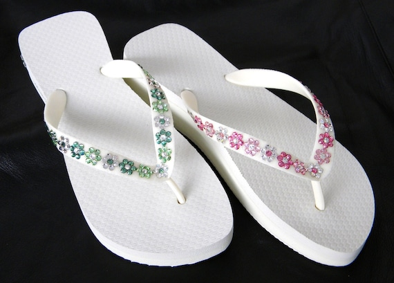 4faee0058 Personalized Flower Flip Flops Jewel Daisy w  +80 Swarovski Crystal Bride  Slip ons Beach