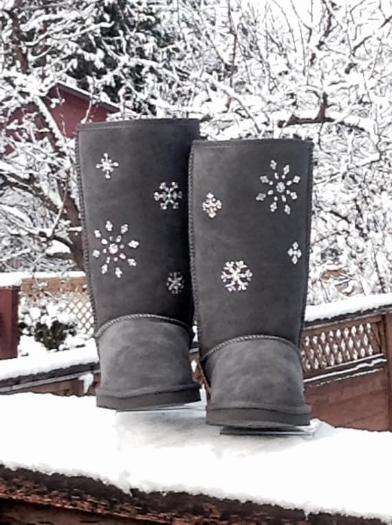 Customized UGG Tall or Short boots Winter Snow Flakes w/ Swarovski Crystal Classic Ladies Rhinestone Fashion Cold Weather Sheepswool Boots