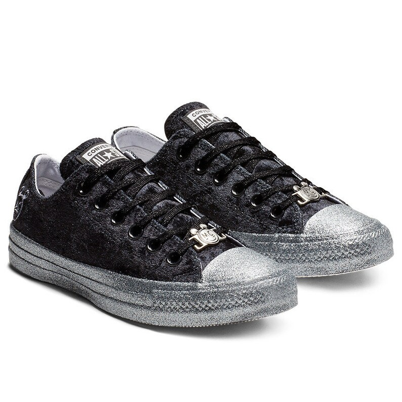 d36e8bcf4280 Black Silver Converse Velvet Low Top Glitter 2018 Miley Cyrus