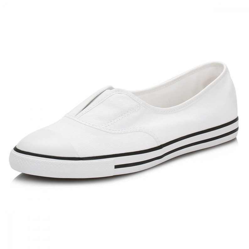 93a572878e68f6 White Converse Slip on Ballet Cove Low Top flat Wedding Lace