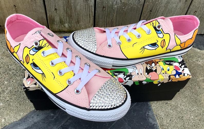 2bb203245665c1 Tweety Bird Blush Pink Converse Low Top W US 7 Retro Cartoons