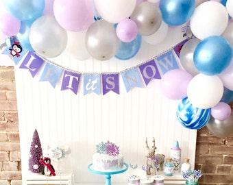 LET it SNOW BANNER / Winter onederland banner / Penguin baby shower / Penguin birthday party / Winter baby shower / Winter birthday / Banner