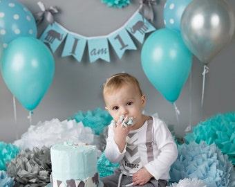 I AM ONE birthday banner . Boy 1st birthday banner . Highchair banner . Boy 1st birthday decorations . First birthday banner . 1st birthday