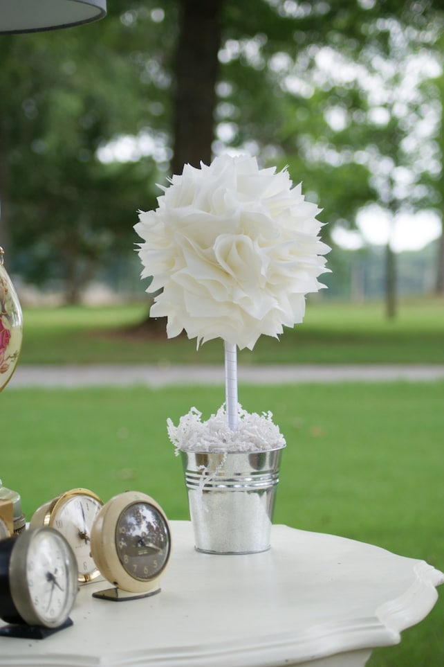 Fabulous Wedding Centerpiece Baptism Centerpiece Holy Communion Home Interior And Landscaping Oversignezvosmurscom